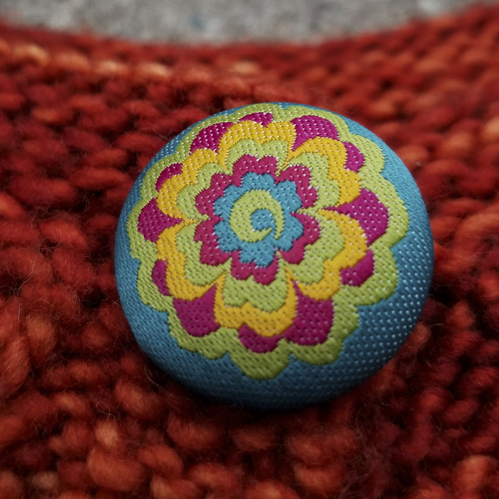 Knitorious-baby-knitting-loop-mignon-3