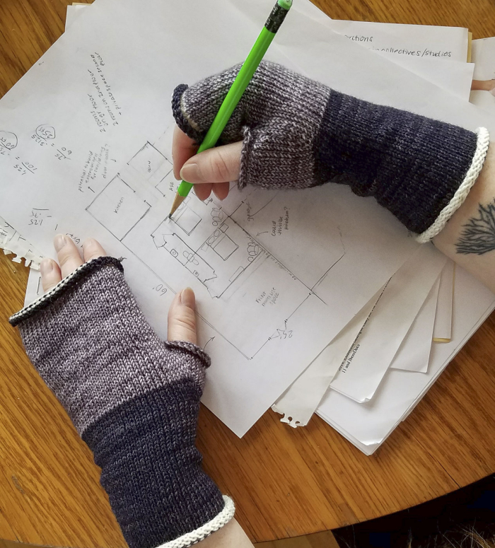 Knitorious-squad-mitts-armwarmers-4