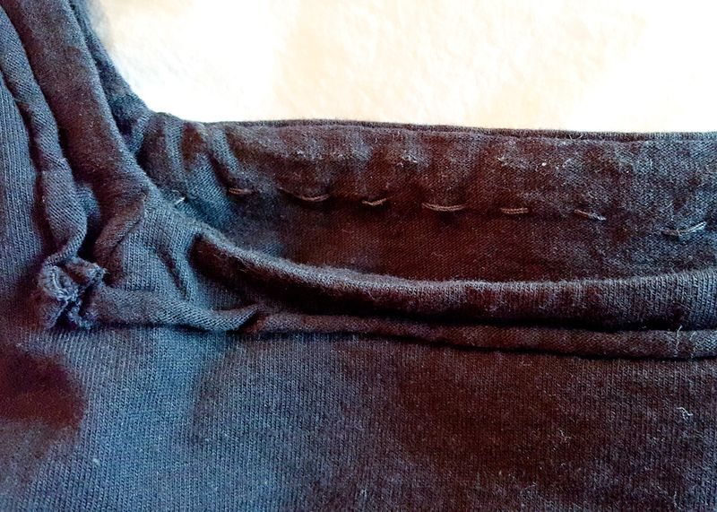 EF-AC-Tunic-square-neck-rolled-detail