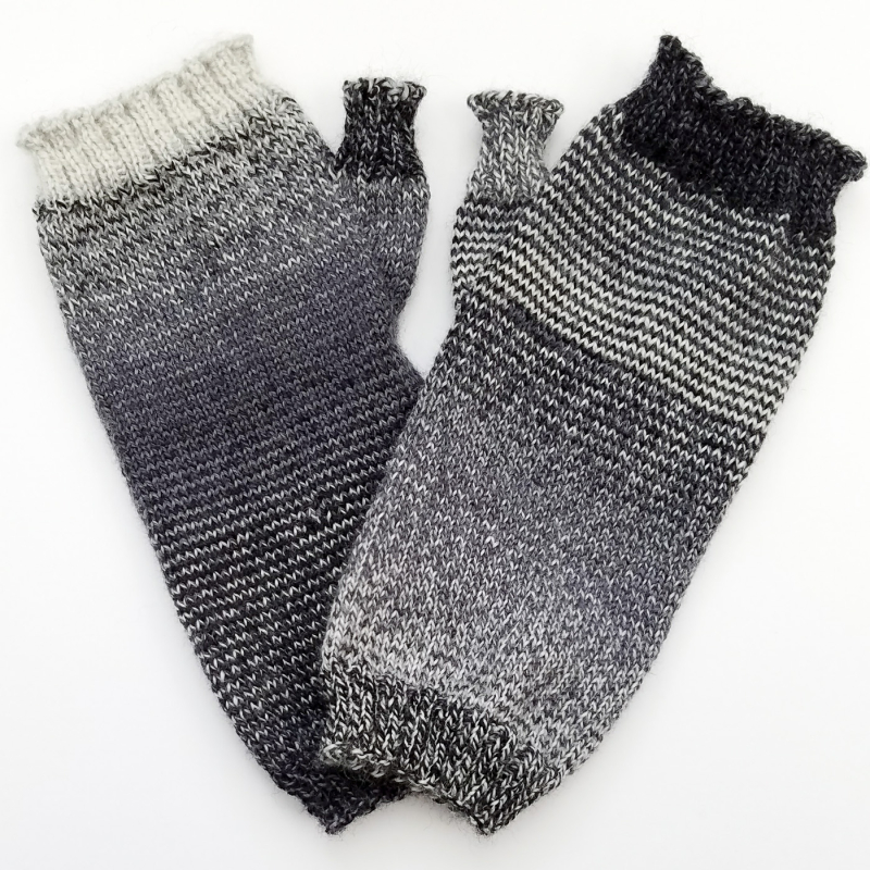 Helical-Stripes_Knit-Mitts_knitorious_5